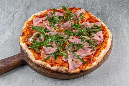 Пицца с мортаделлой