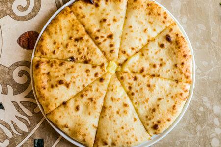 Осетинский пирог с сыром Уыалибах