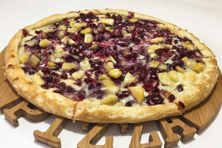 Пицца сладкая Брусника