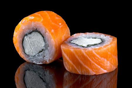 Ролл Филадельфия с лососем