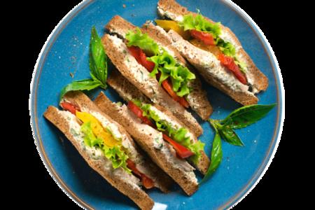 Клаб сэндвич с индейкой и перцем гриль