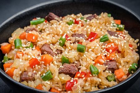 Вок рис с телятиной