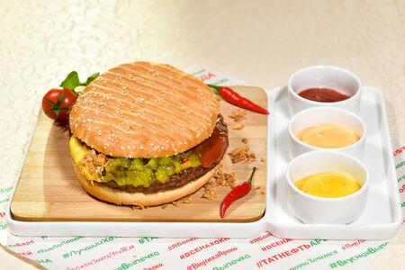 Мегагамбургер
