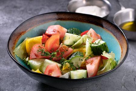 Салат овощной по-домашнему