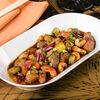 Фото к позиции меню Утка гун бао на воке с кешью и овощами
