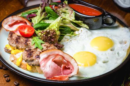 Завтрак Американский