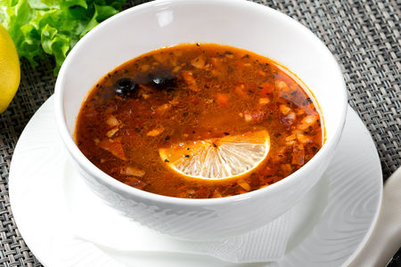 Суп Солянка на мангале
