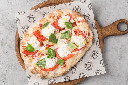Римская пицца Томаты и страчателла