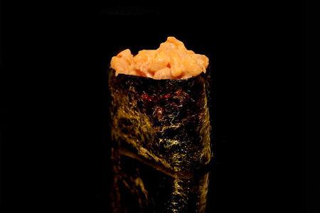 Спайс суши с креветкой