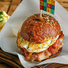 Фото к позиции меню Бургер с куриной котлетой