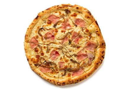 Пицца с ветчиной и вешенками