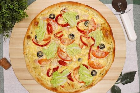 Пицца Олигарх Цезарь с копченой курицей