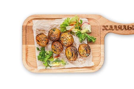 Картофель запеченный на мангале