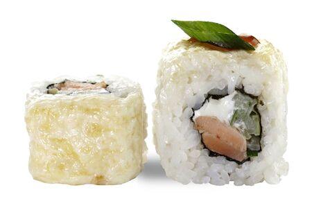 Запеченный ролл С лососем и сливочным сыром