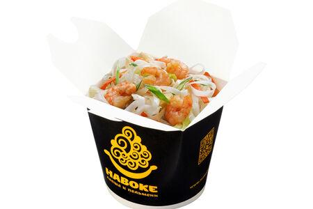 Рисовая лапша с креветками и арахисом в соусе Пад Тай