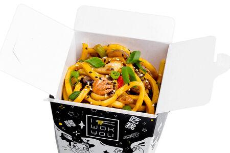 Морепродукты в соусе Том Ям