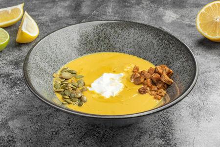 Крем-суп из печеной тыквы