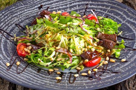 Салат из томленой оленины
