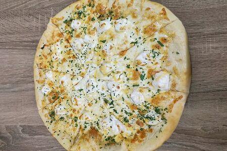 Пицца Фета и моцарелла