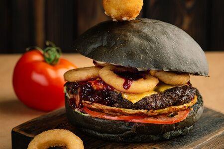 Бургер Black mamba