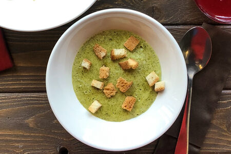 Сырный суп со шпинатом