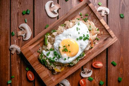 Тепаньяки с курицей и яйцом