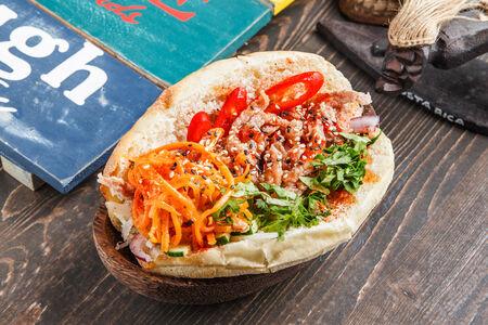Сэндвич Бан-Ми со свининой