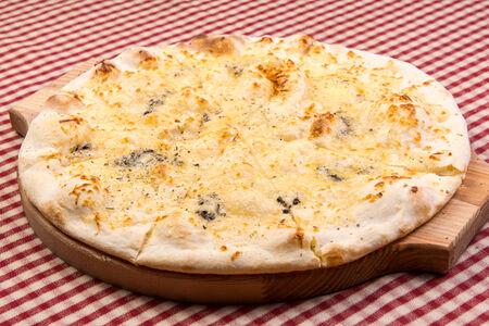 Пицца Ассортито ди фромаджио