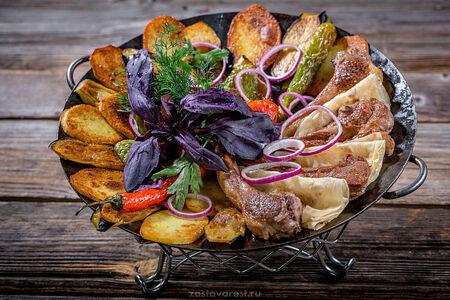 Жаркое из бараньей корейки с овощами