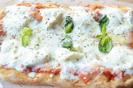 Римская пицца Буррата