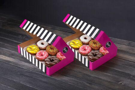Набор 12 пончиков
