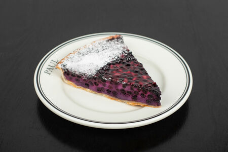 Черничный пирог (порция)