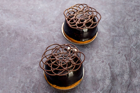 Пирожное Шоколад-карамель