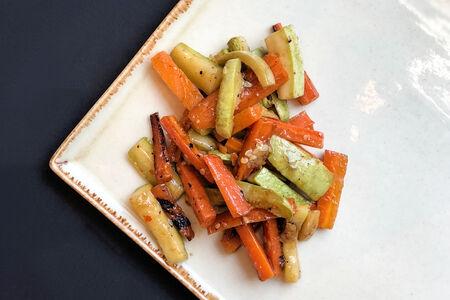 Кабачки пикантные с морковью