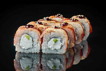 Ролл Дракон запеченный свежий лосось