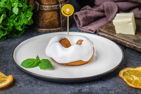 Пончик с ванильной помадкой