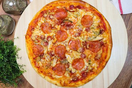 Пицца Олигарх Мясной микс