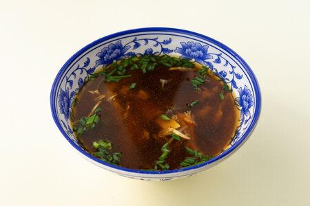 Традиционный кисло-острый суп