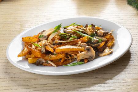 Жареная картошечка с грибами
