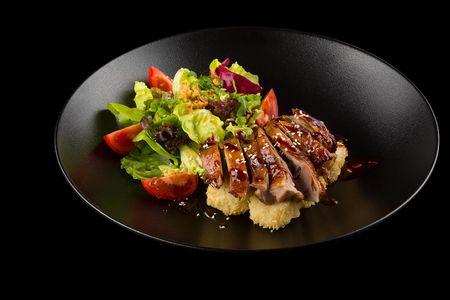 Салат с уткой хойсин