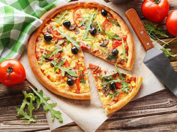 Pizza Wok n Roll