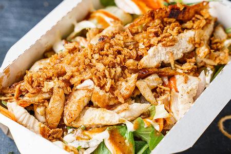 Салат Куриный барбекю