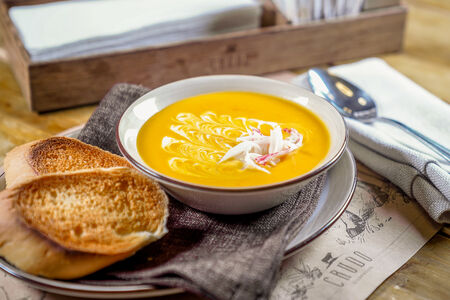 Суп Тыквенный с мясом краба