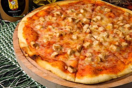Пицца с курицей с дымком