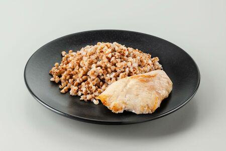Комбо куриная грудка запеченная с отварной гречкой