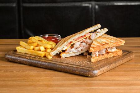 Сэндвич с куриным бедром