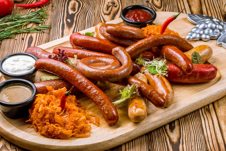 Большой сет немецких колбасок