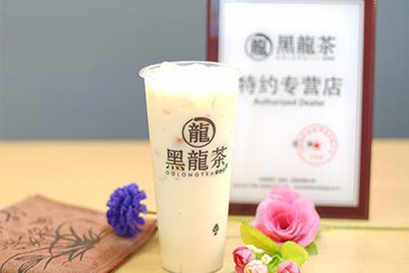 Медовый молочный чай