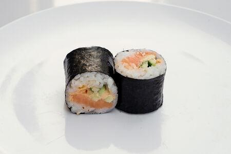 Ролл Острый лосось