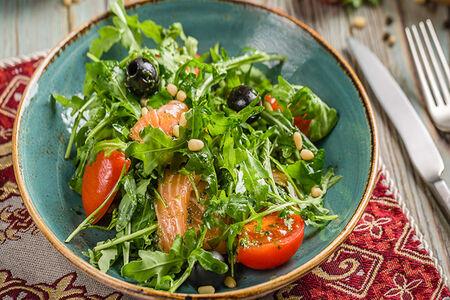 Салат Руккола с лососем